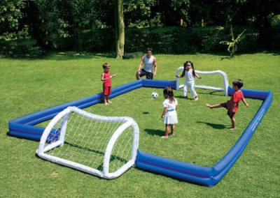 Nafukovací fotbalové hřiště