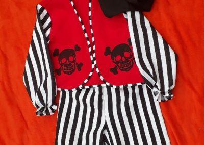 Pirát s lebkou, 5-7 let