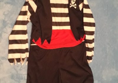Pirát s červeným páskem, 4-6 let